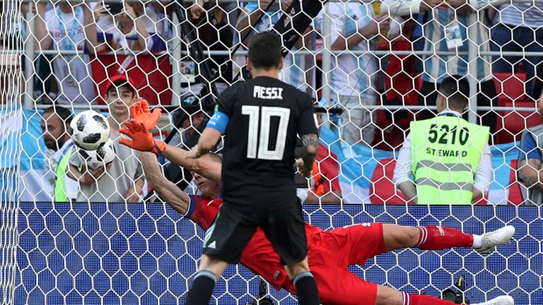 Messi Missed penalty