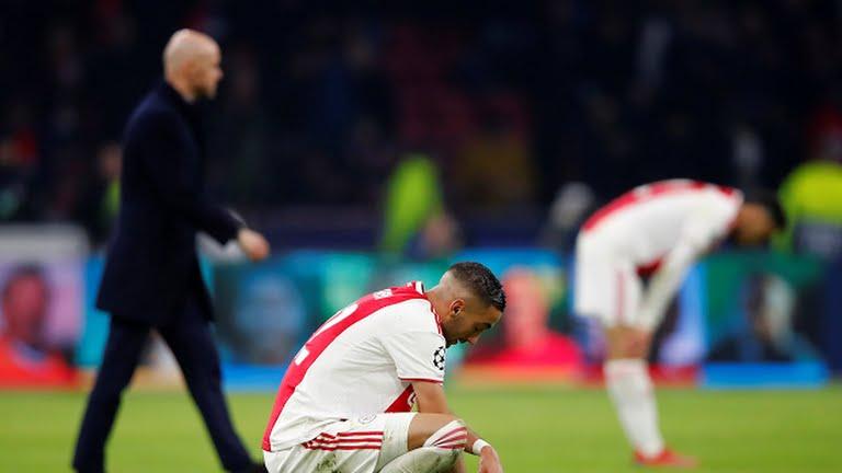 Ajax kalah dikandang sendiri