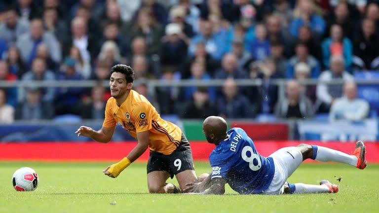 Raúl Jiménez, Wolverhampton, Everton, Premier League