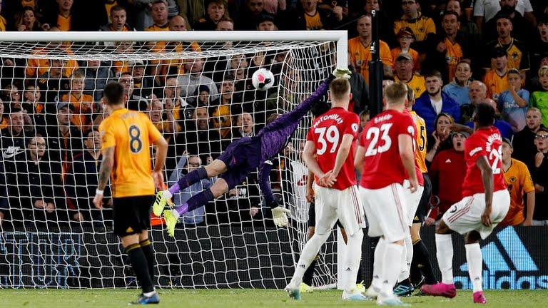 Raúl, Neves, poste, Wolverhampton, gol